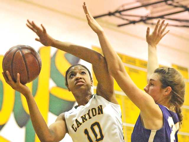 Canyon girls hoops get statement win over Valencia