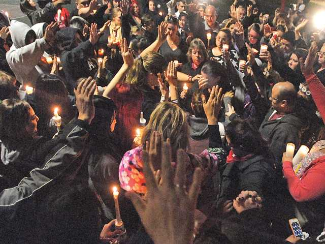 Vigil held for infant girl in Valencia