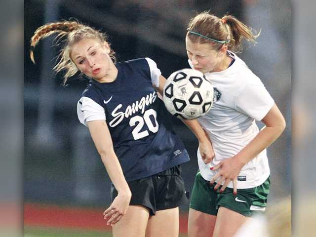 Canyon, Saugus girls soccer knot it up at 1