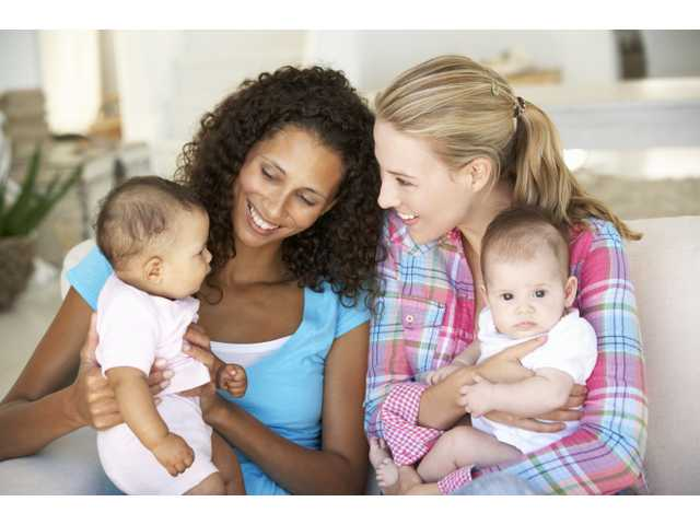 5 great tips on how to make friends with other moms