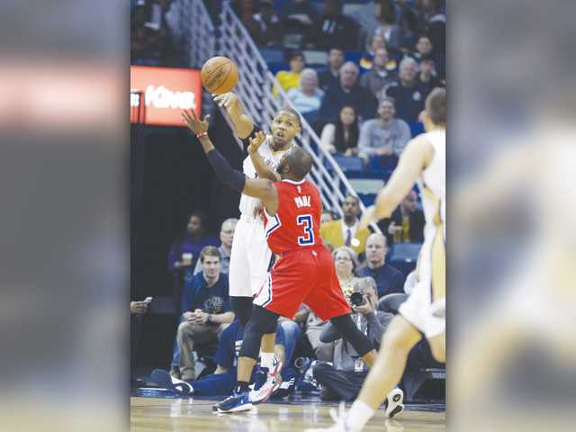Clippers' six-game win streak snapped against Pelicans