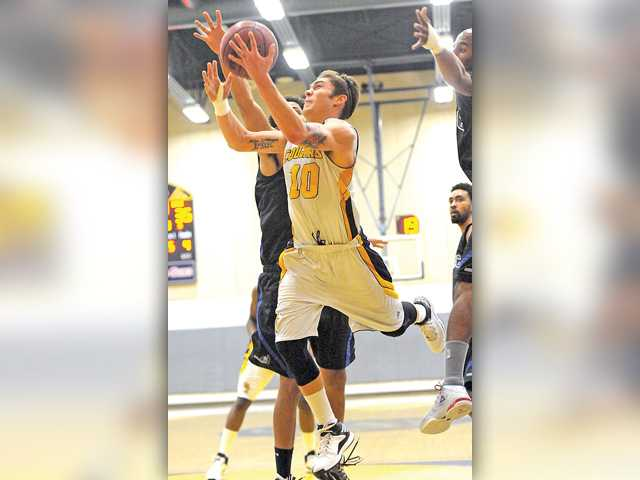 COC men's hoops get critical win to keep playoff hopes alive