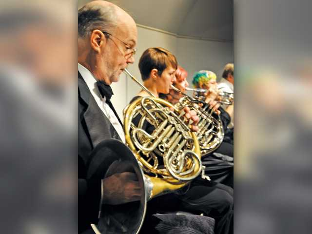 Local orchestra presents free 'pops' concert