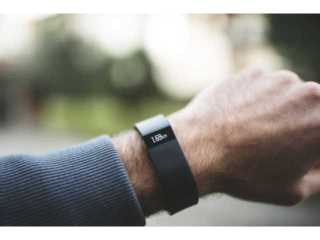15 signs that you're addicted to your Fitbit
