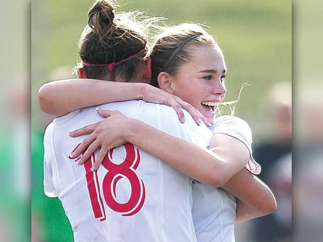 Hart girls soccer advances to semifinals
