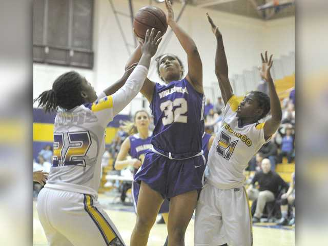 Valencia girls hoops loses playoff game in heartbreaking fashion
