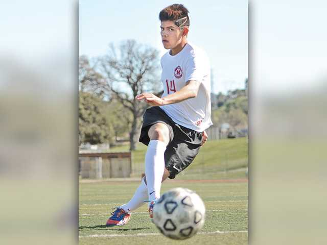 Hart soccer's Michael Valencia key to Indians' run