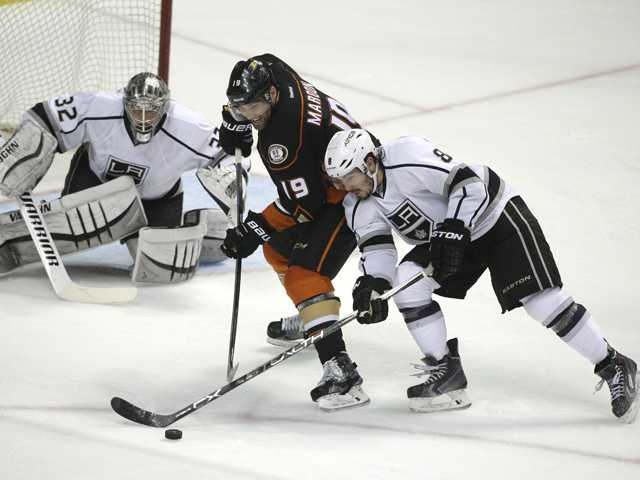 Kesler's OT goal lifts Anaheim Ducks over LA Kings