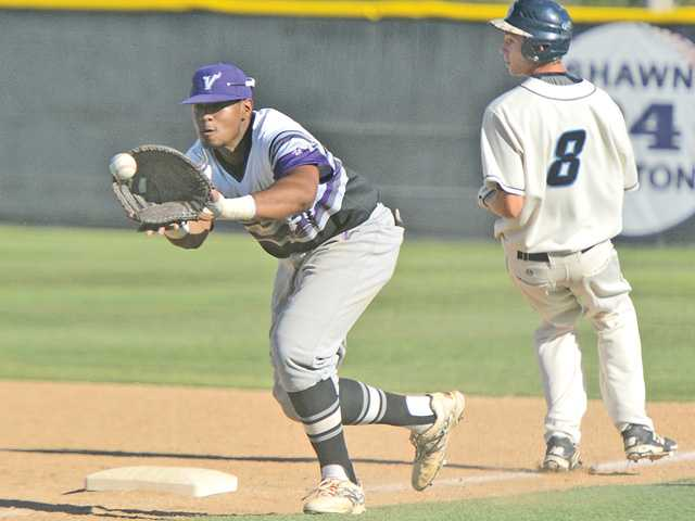Valencia baseball gets another pitching gem in win
