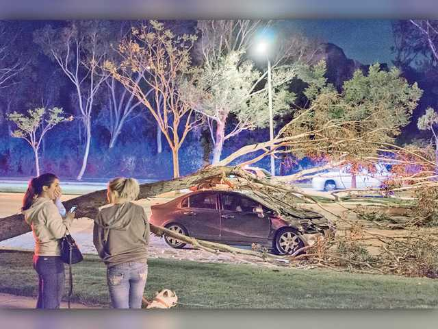 High winds to continue in SCV