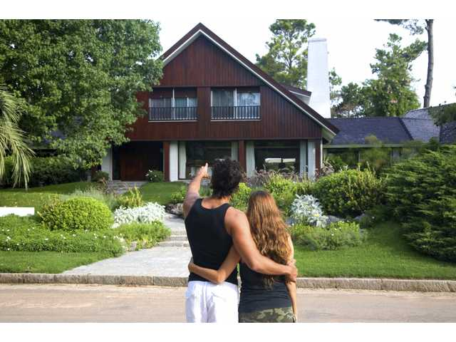 Tips to buy an affordable home