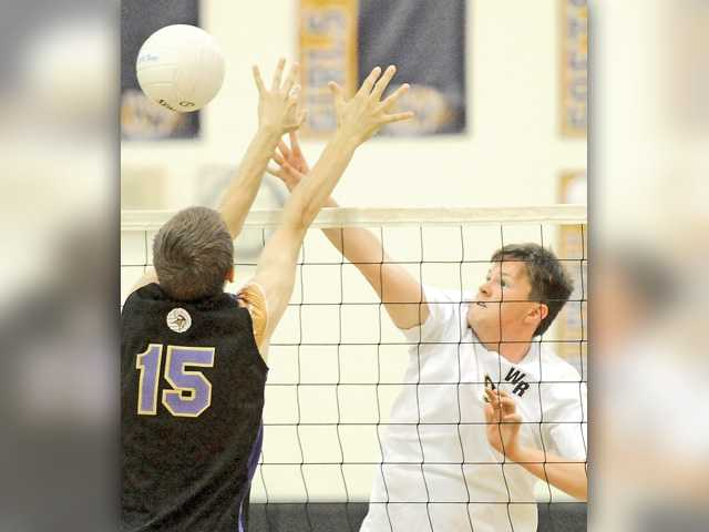 Valencia boys volleyball opens Foothill play with win over Wildcats