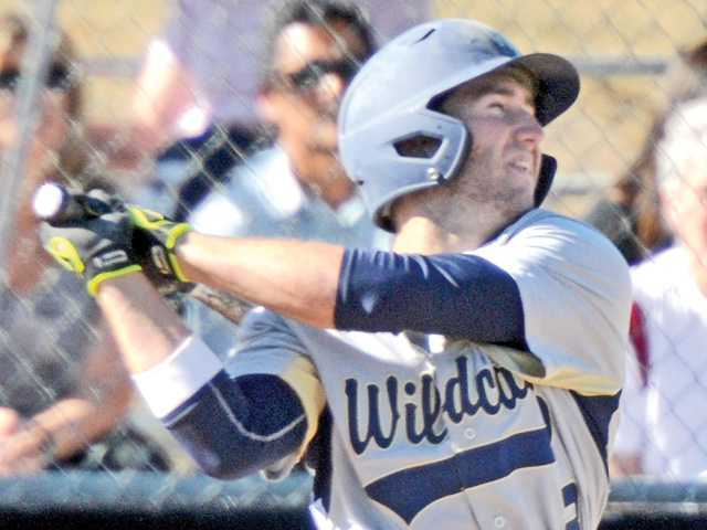 West Ranch's Rusconi clutches up to beat Saugus