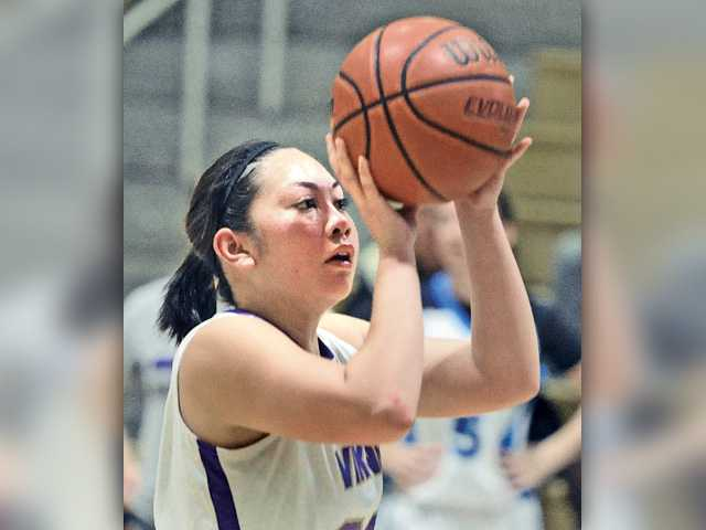 Team Kimble outlasts Team Roth in SCV Hoops Finale girls game