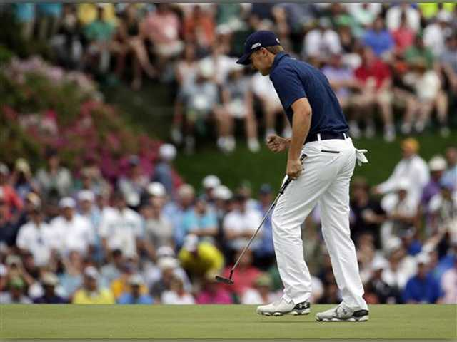 Jordan Spieth wins Masters at 21 with record-tying score