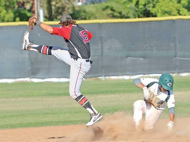 Foothill Baseball Roundup: Hart on a roll, Saugus wins big