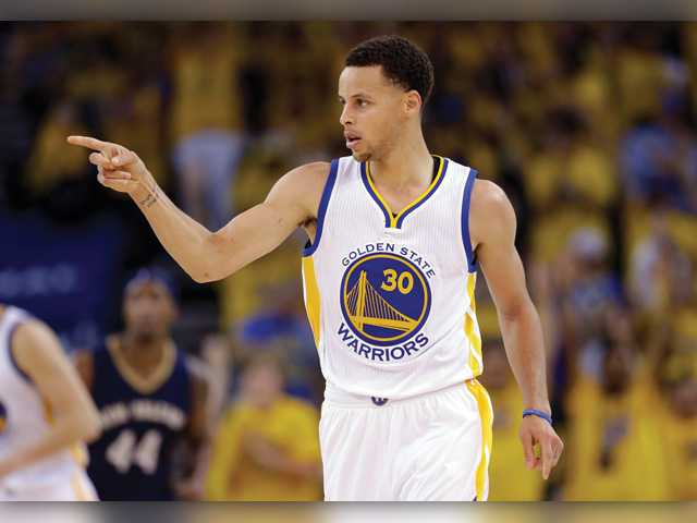 Warriors fend off Pelicans in game 1