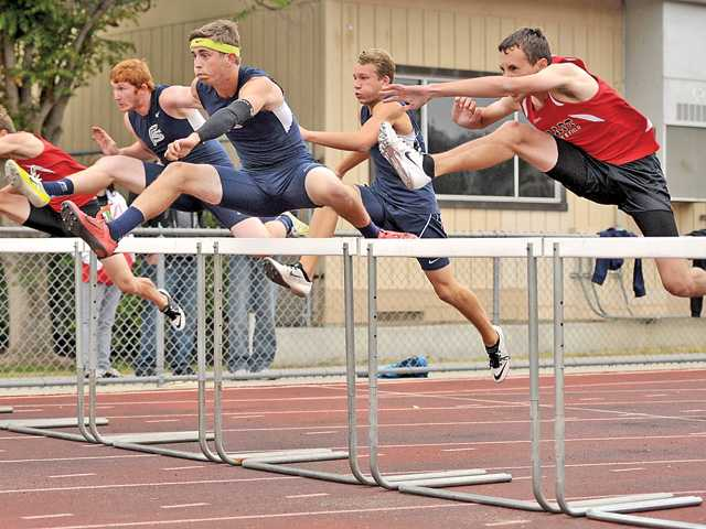 Foothill track roundup: Saugus girls, Canyon boys clinch league titles