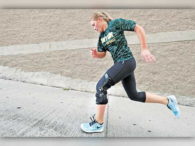 Canyon softball's Doyle returns to the field after ACL tear