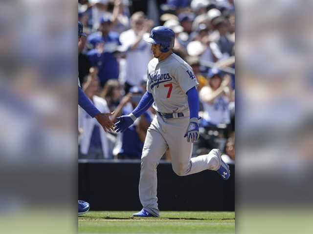 Rookie Guerrero homers in 3-1 Dodgers loss to Padres