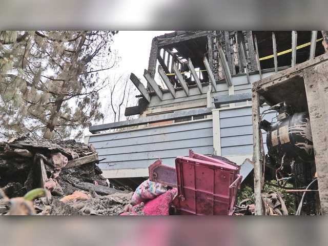 Neighbor sets out to help family who lost everything in Canyon Country fire
