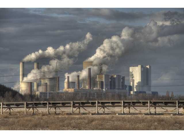 Reducing carbon emissions could save lives, prevent heart attacks, new research shows