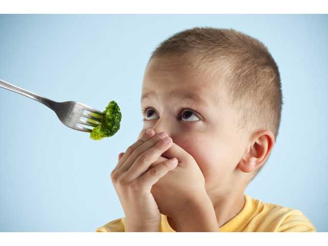 4 reasons to stop tricking your kids into eating healthy