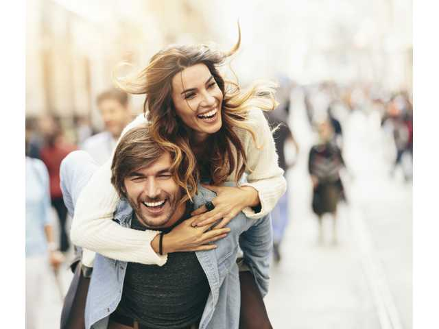 7 ways to make your girlfriend fall in love with you again