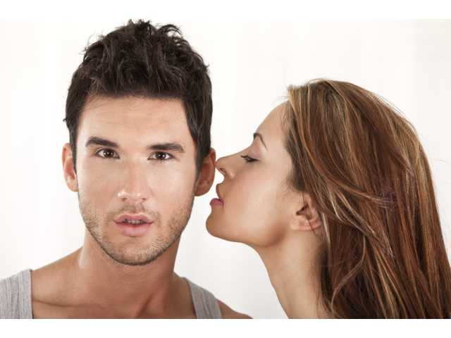 10 clear indications the guy has issues with commitment