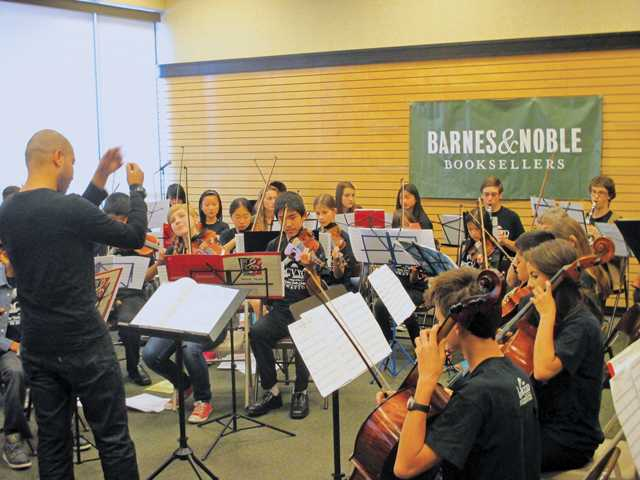 Youth orchestra previews concert