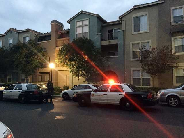 UPDATE: Homicide detectives investigating body in Valencia