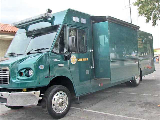 Sheriff's Station unveils new mobile command post vehicle