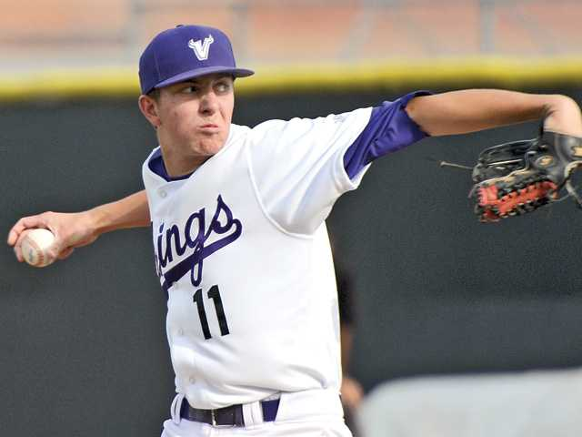 Big performances lift Valencia baseball