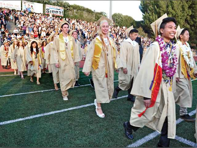 Valencia grads put wind in their sails