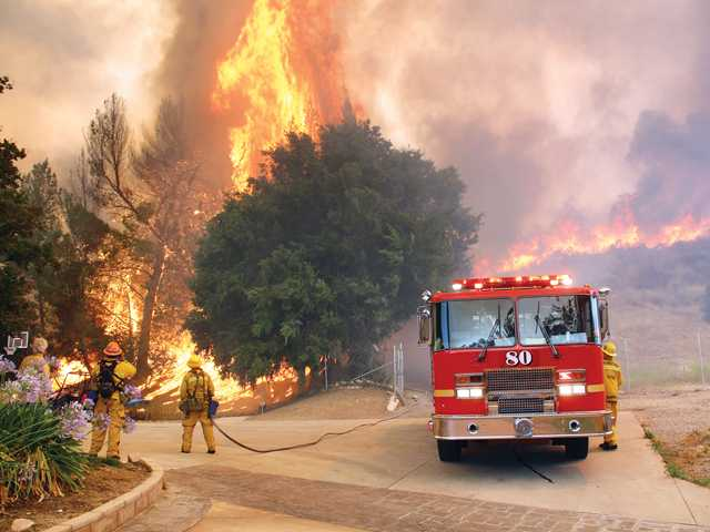 Residents capture brilliance and destruction of the Calgrove fire