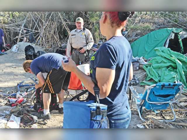 Teams ridding SCV of homeless encampments see same faces over and over