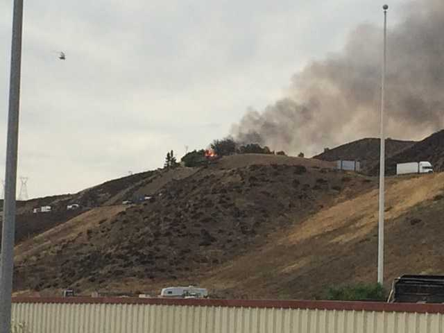 UPDATE: Brush fire contained near Interstate 5 in Castaic