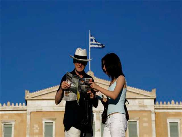 Greeks mull consequences of crucial bailout referendum