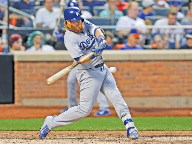 Dodgers make mess of Mets