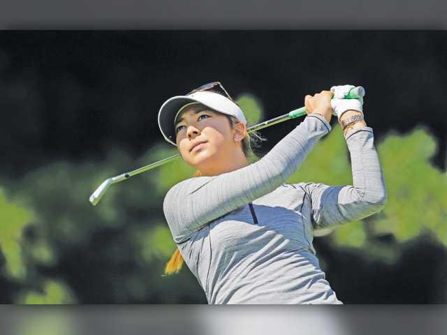 Valenica grad Alison Lee drops to 4th in Meijer LPGA Classic