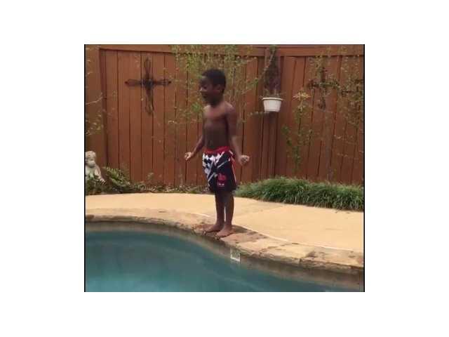 Boy's poolside pep talk charms the Internet
