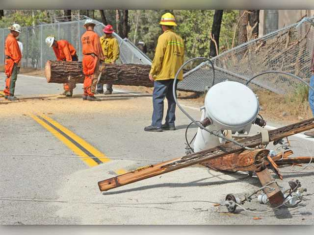 UPDATE: Storm moves into SCV, toppling trees and downing power lines
