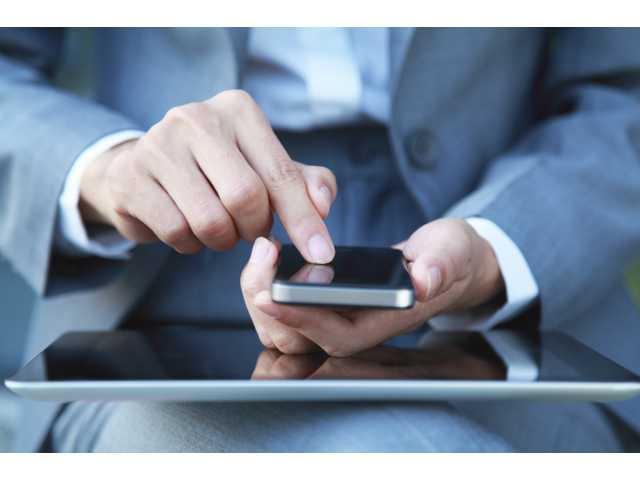 Many taking too many risks on public Wi-Fi, AARP says