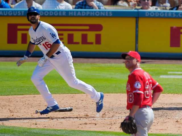Ethier's 2 HRs help Dodgers beat Angels 5-3 in 10
