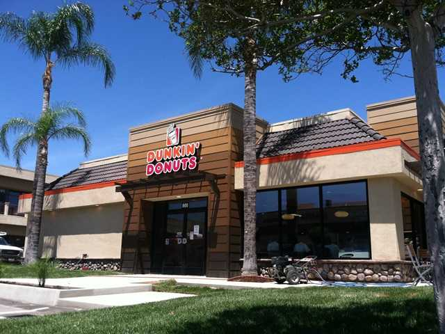 UPDATED: Dunkin' Donuts opening first SCV drive-through store