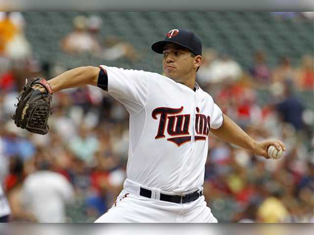 Saugus grad returns from DL to help Twins beat Indians