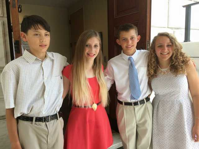 Four Students from SCCV win essay contest and lay wreath at Tomb of Unknown at Arlington National Ce