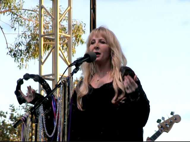 Tribute band rocks crowd Saturday at last Concerts in the Park for the summer