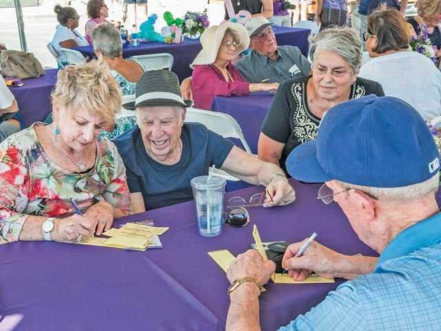 Oakmont fundraiser for Alzheimer's research
