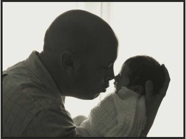 After having a baby, dad's brain changes too